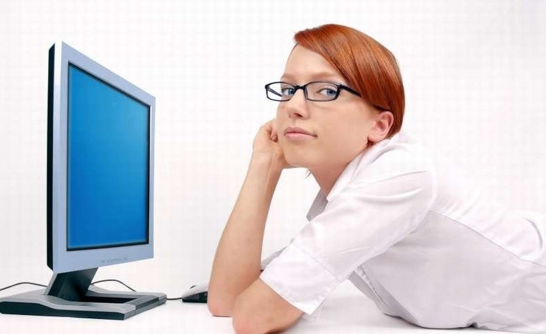 Cum ne protejam ochii de calculator