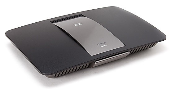 Care este cel mai bun router - Linksys EA6700