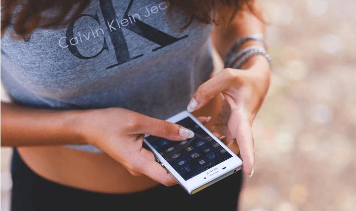 Cum elimin definitiv informatia personala de pe smartphone