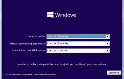 Cum instalez Windows 10 de pe stick USB